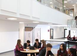 Broxbourne school image 3